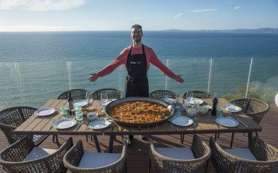 The Perfect Seafood Paella Recipe