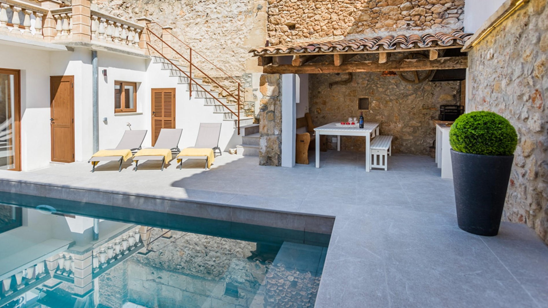 San_Jordi_pollensa_Malorca_Luxury_Townhouse_Sleeps_6
